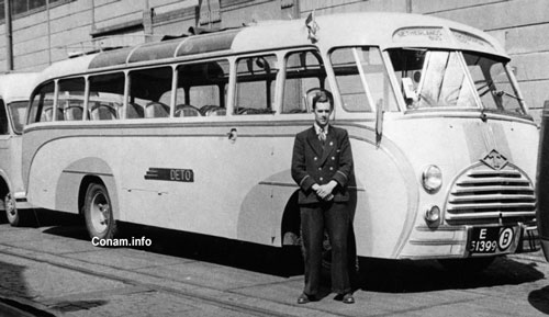 Diamond T bus DETO 1 bj. 1947 met ECF carrosserie nr
